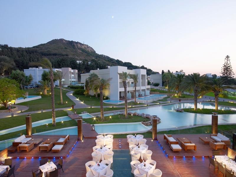 Außenanlage in Ihrem 5-Sterne Hotel Rodos Palace